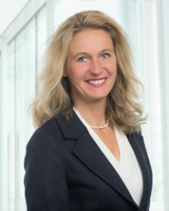 Dr. Claudia Schwarz
